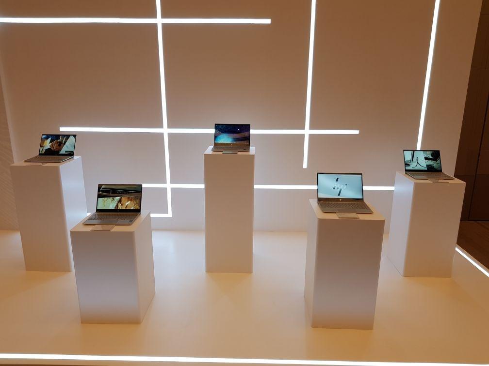 Tại sao bạn cần thiết kế nội thất siêu thị điện máy, showroom đẹp?