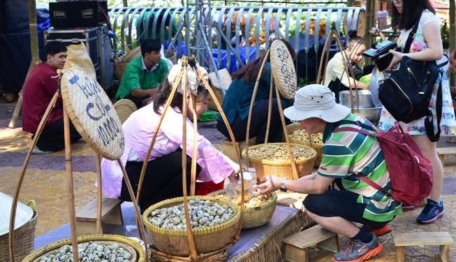Trang Trí Gian Hàng Hội Chợ Ẩm Thực Việt Nam