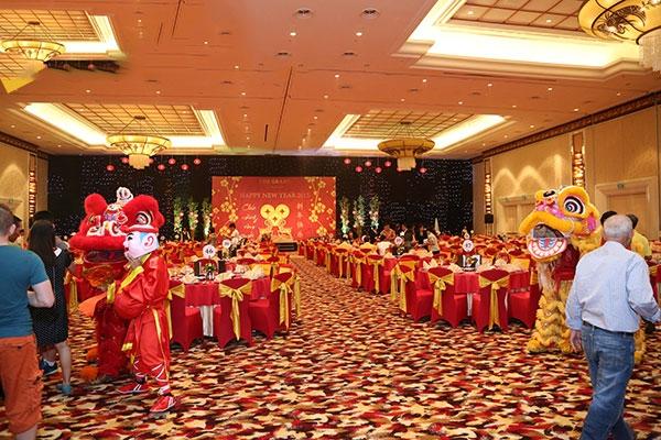 Toàn quốc - Tổ chức tiệc Tất Niên hoành tráng cùng MT-PRODUCTION.COM.VN Y-tuong-to-chuc-tiec-tat-nien-hap-dan-cho-cong-ty-doanh-nghiep-2nt7b